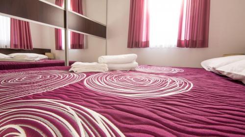 A2 bedroom 1