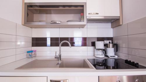A2 kitchen(1)