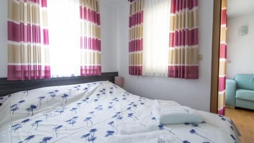 A3 bedroom(1)