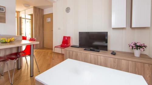 A4 livingroom(1)