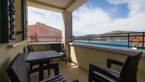 A5 balcony