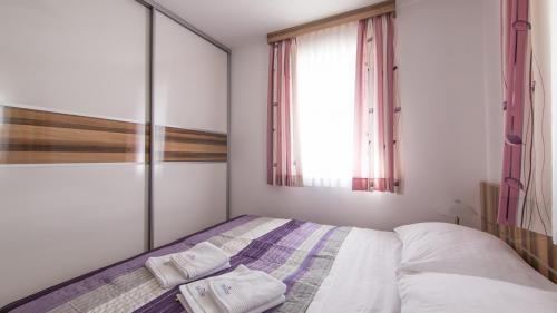 A5 bedroom 1(1)