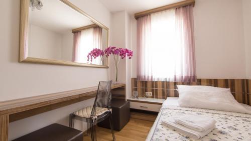 A5 bedroom 2(2)