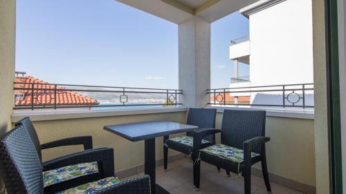 A6 balcony