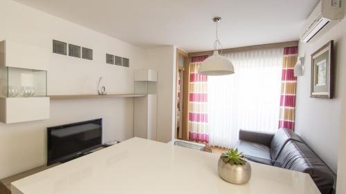 A6 livingroom(2)