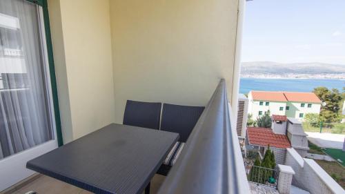 A7 balcony