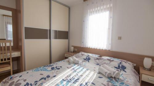 B4 bedroom 1