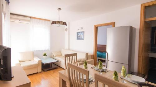B4 livingroom(2)
