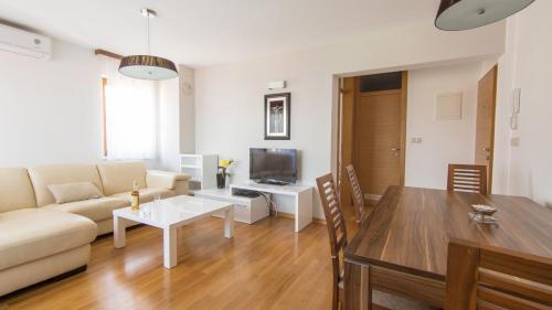B5 livingroom(3)